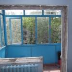 Демонтаж балконного окна