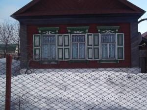 Старые окна в частном доме