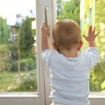 защита для детей на пластиковое окно