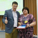 Получаю награды из рук Андрея Меркулова на оконной конференции «Оконный бизнес 2014. Антикризис»