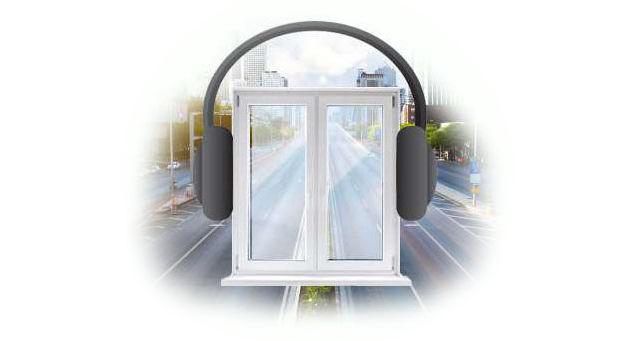 шумоизоляция стеклопакета достигается за счет высокой герметичности, разной толщины стекол, а так же разным расстоянием между стеклами, и стоит недорого