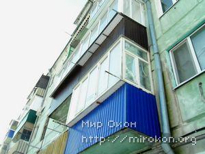 Прямой балкон с выносом