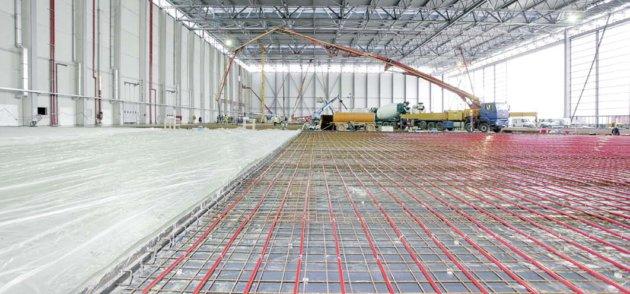 Система обогрева Rehau для рулёжных дорожек, стоянок самолётов и парковок, открытых и закрытых поверхностей аэропорта