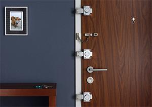 Новая махинация: мошенники предлагают осмотреть дверные замки, чтобы защитить жилье от краж