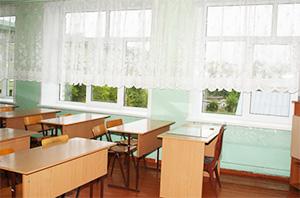 В школах начались поборы на пластиковые окна
